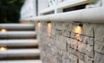 Освещение стен и ступенек